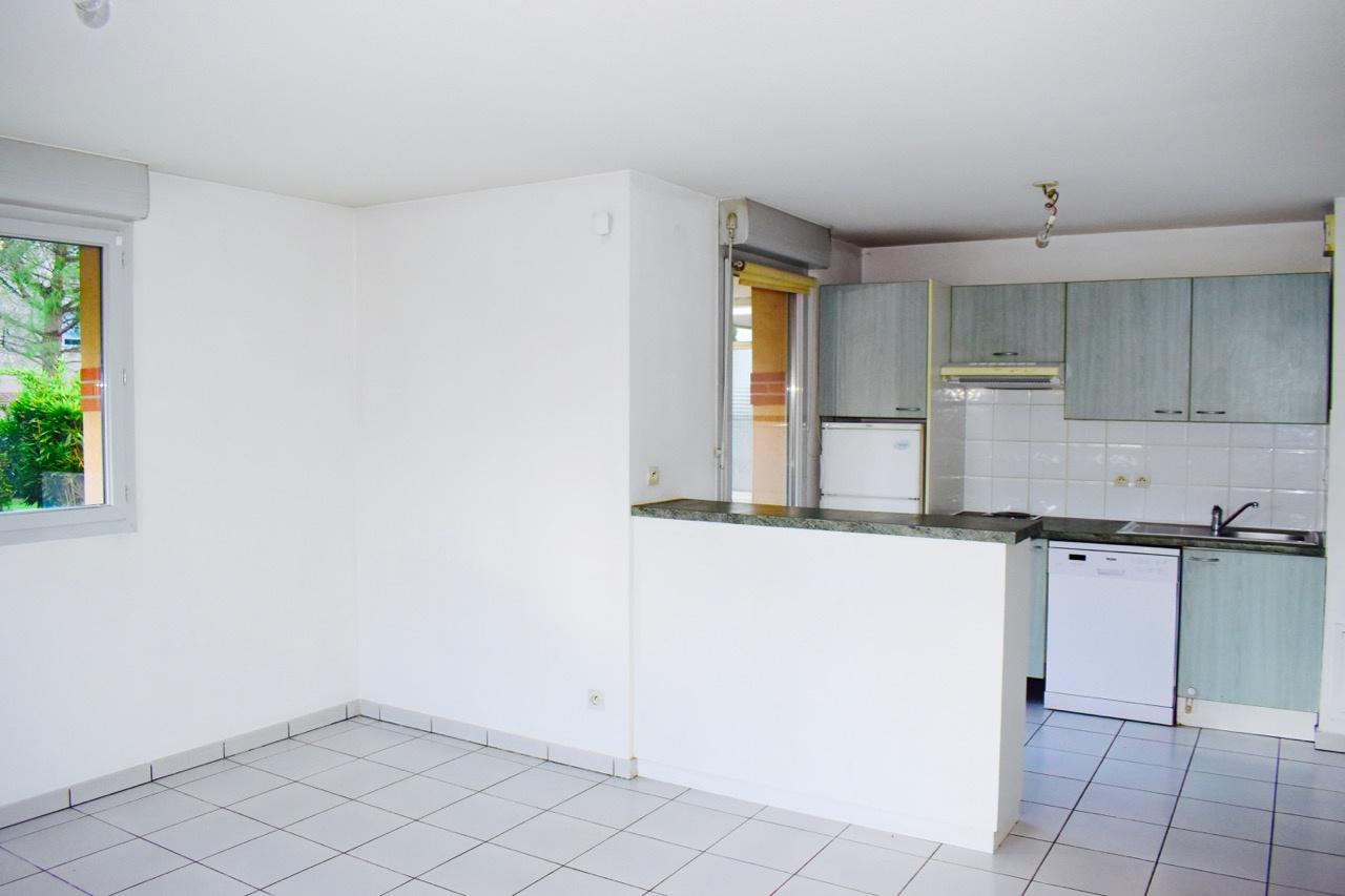 Vente toulouse barriere de paris appartement t3 61 m for Appartement rez de jardin paris
